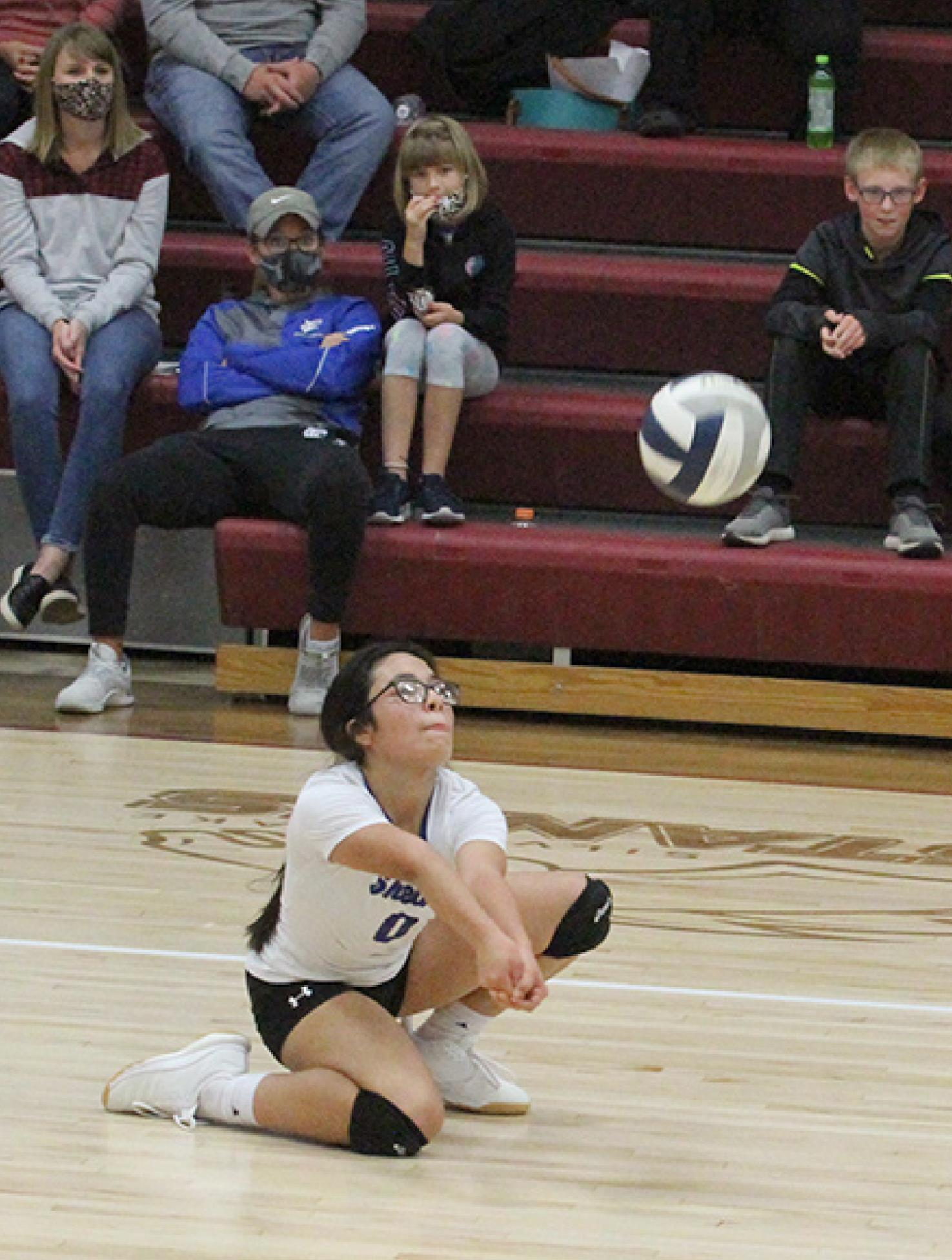 Alia Gomez, the team's libero, led with nine digs against Palmer, 15 in the Loomis game, and 20 against Franklin. In addition, she added a pair of ace serves. (—photo by Barb Berglund)
