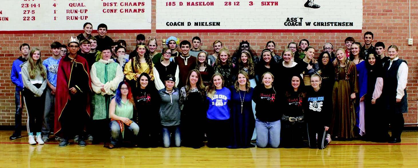"The cast and crew of Shelton's One Act production of ""Hamlet II."""